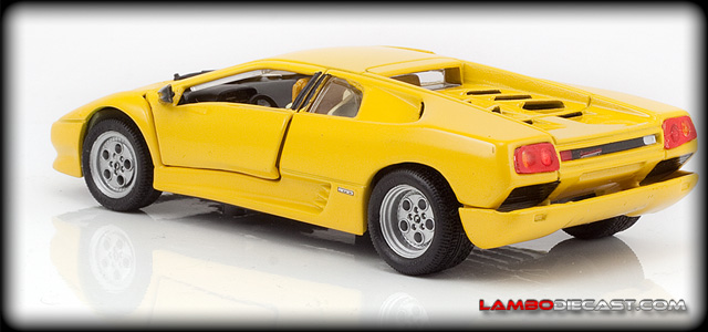 Lamborghini Diablo 2wd by Detail Cars