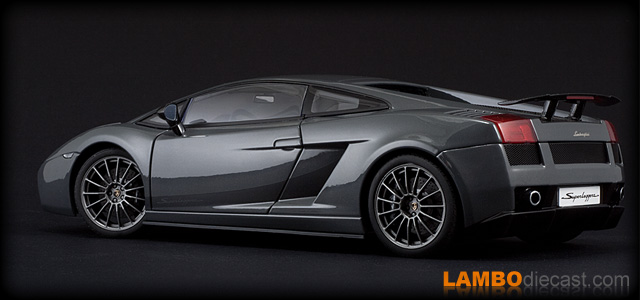Lamborghini Gallardo Superleggera by AUTOart